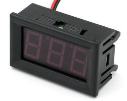 Clip-on voltmeter 5/12V